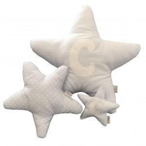 Cojín estrella para bebé con tela estampada de rayas, topos o estrellitas azul y blanco