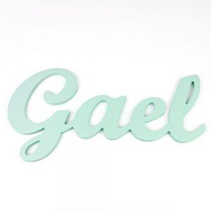 Nombre de Gael en madera para colgar en la pared pintado en mint
